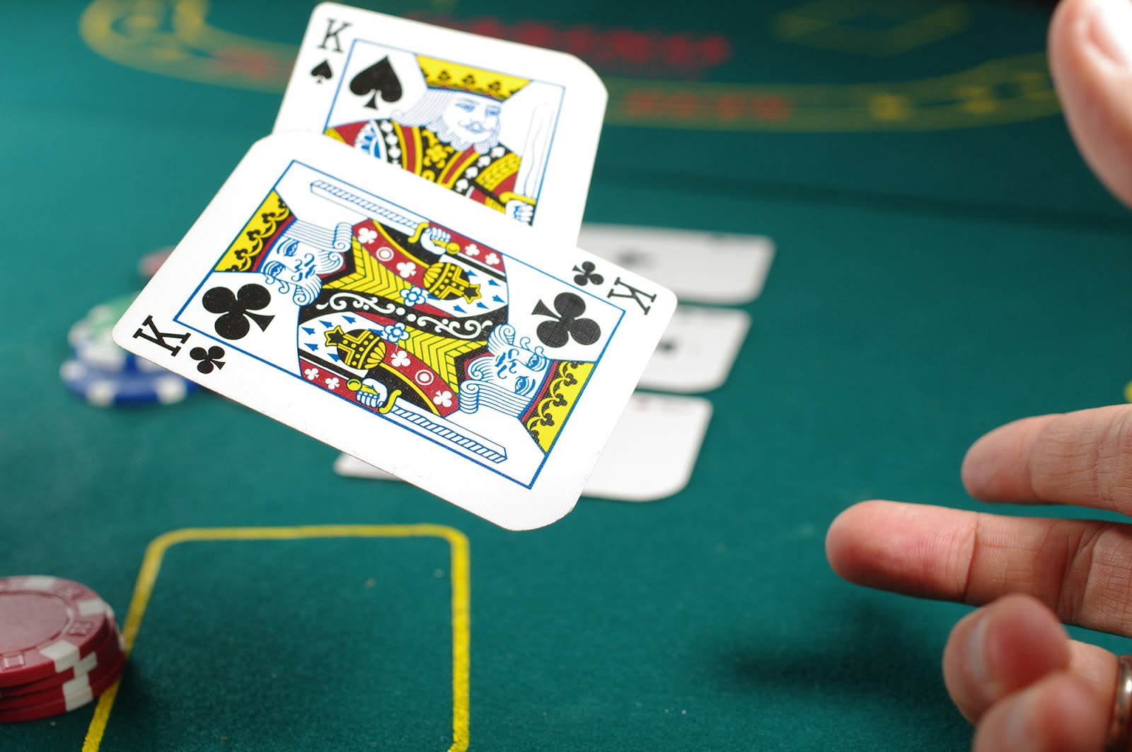 Playing Poker on Mars: How AI Mastered the Game | by Jonathan Follett | Towards Data Science
