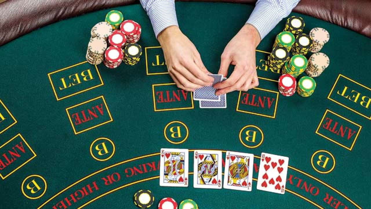 Here is how poker and investing are so similar